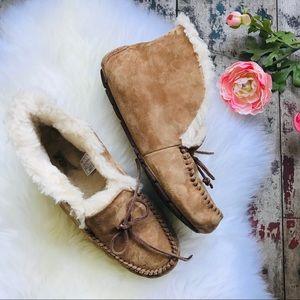 UGG chestnut ALENA Loafers Sz 9 Women's